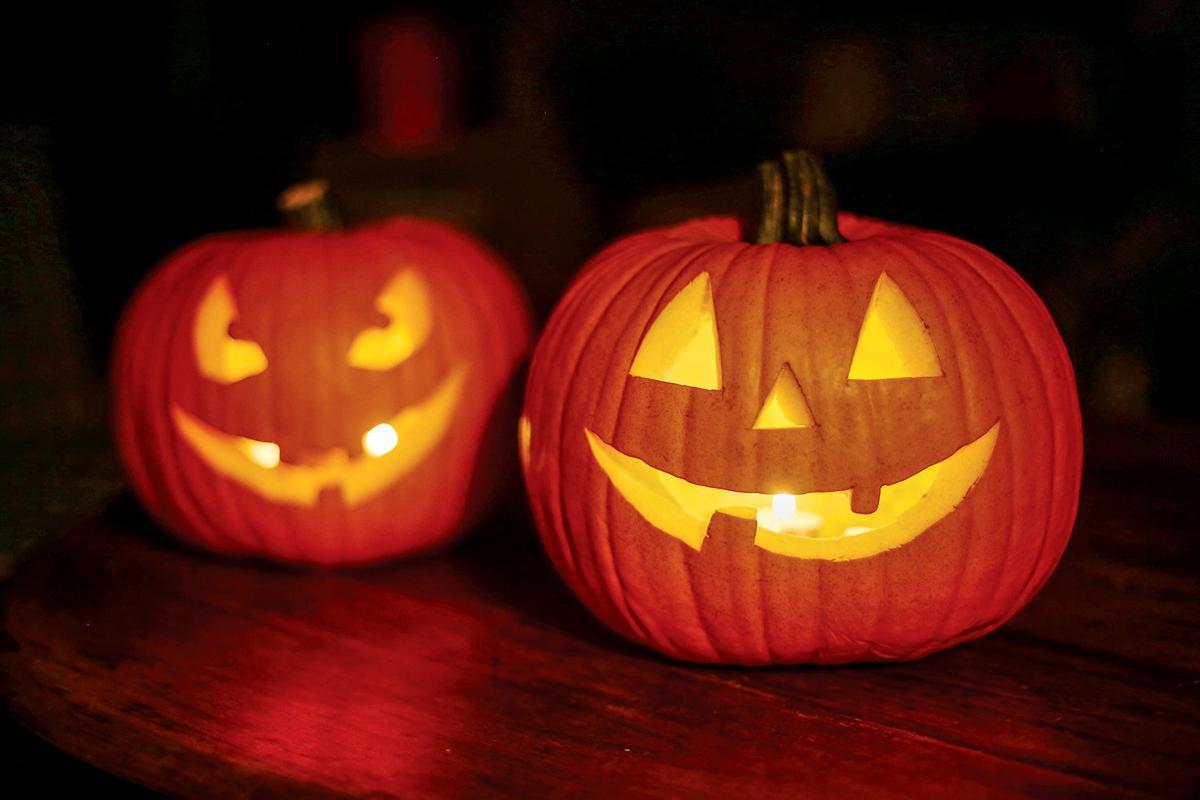 101219_HDH_Halloween1
