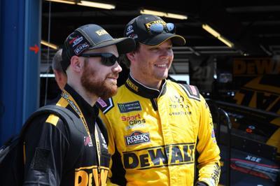 NASCAR: Camping World 400-Practice