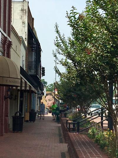 Main Street Jonesboro sidewalk widening gets the go-ahead from City Council