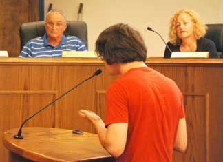 Jonesboro leaders approve 'sagging pants' ban