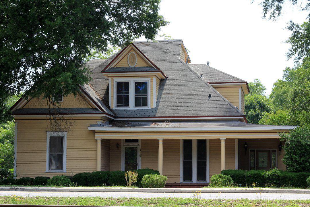 Slutty Vegan, Arts Clayton top Jonesboro Historic Preservation Commission meeting