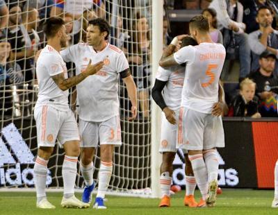 4d8baf41c43 Martinez nets two as Atlanta downs Sporting KC 3-0
