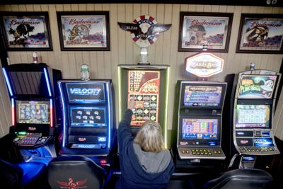 Gambling-parlor issue looming large in Champaign