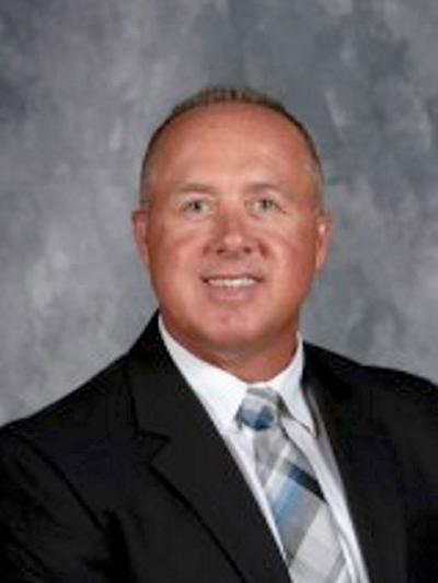 New Oakwood superintendent has ties to many area districts