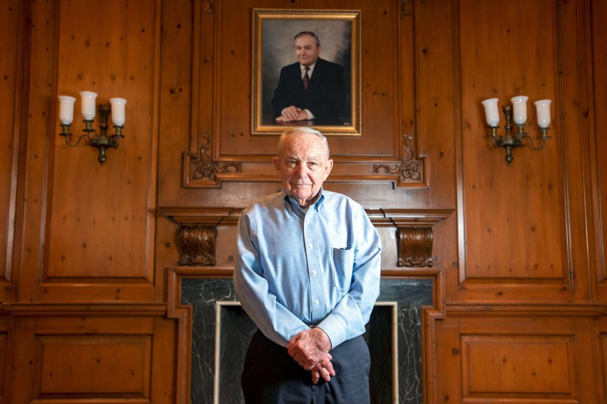 Former UI chancellor's 'profound impact' on both Campustown, campus being honored