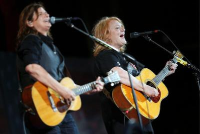 Indigo Girls at Virginia