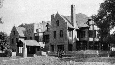 IO Harris House