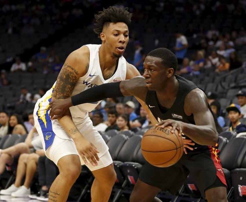 Warriors_Heat_Basketball_44287