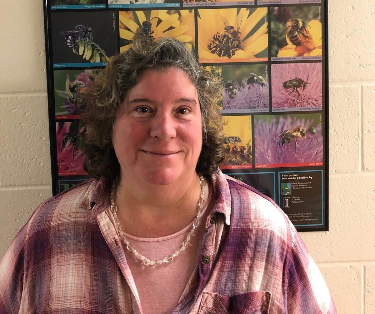 UI Pollinatarium Director Leslie Deem