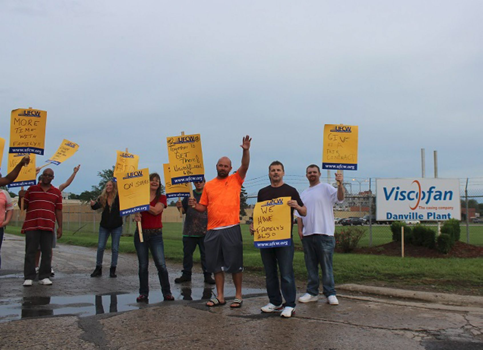 Danville Viscofan workers go on strike over wage freeze, short-notice overtime
