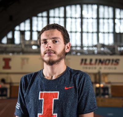 UI roundup: Davis finishes sub four-minute mile