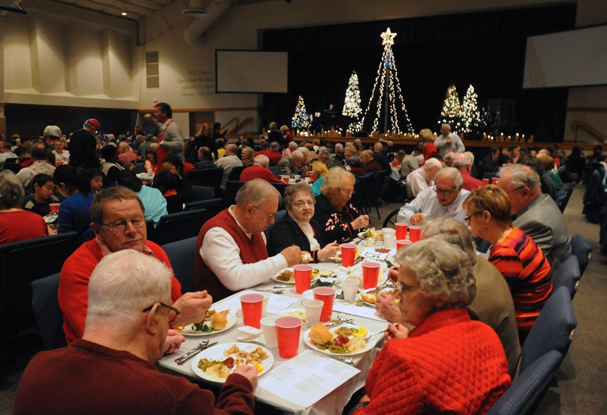 Church Christmas Dinner.Champaign S First Christian Church To Serve Free Christmas Dinner
