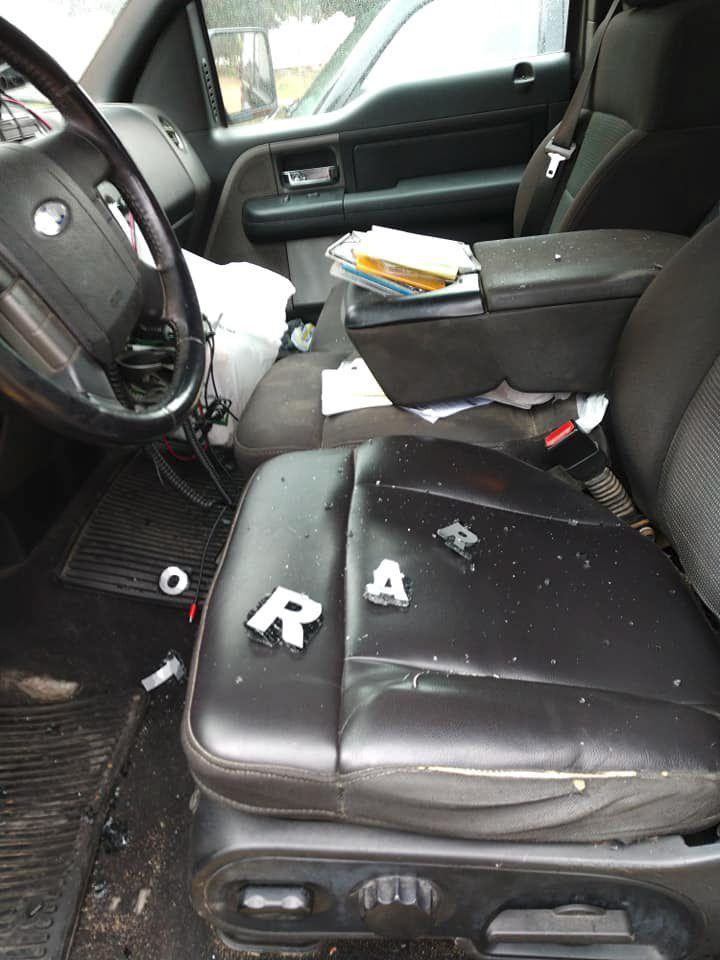 Pickup truck vandalized2