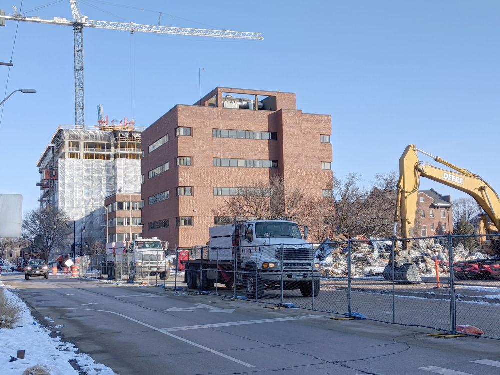 UI campus parking2