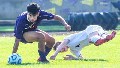 Wednesday's prep highlights: Zarco leads Central Maroons on pitch