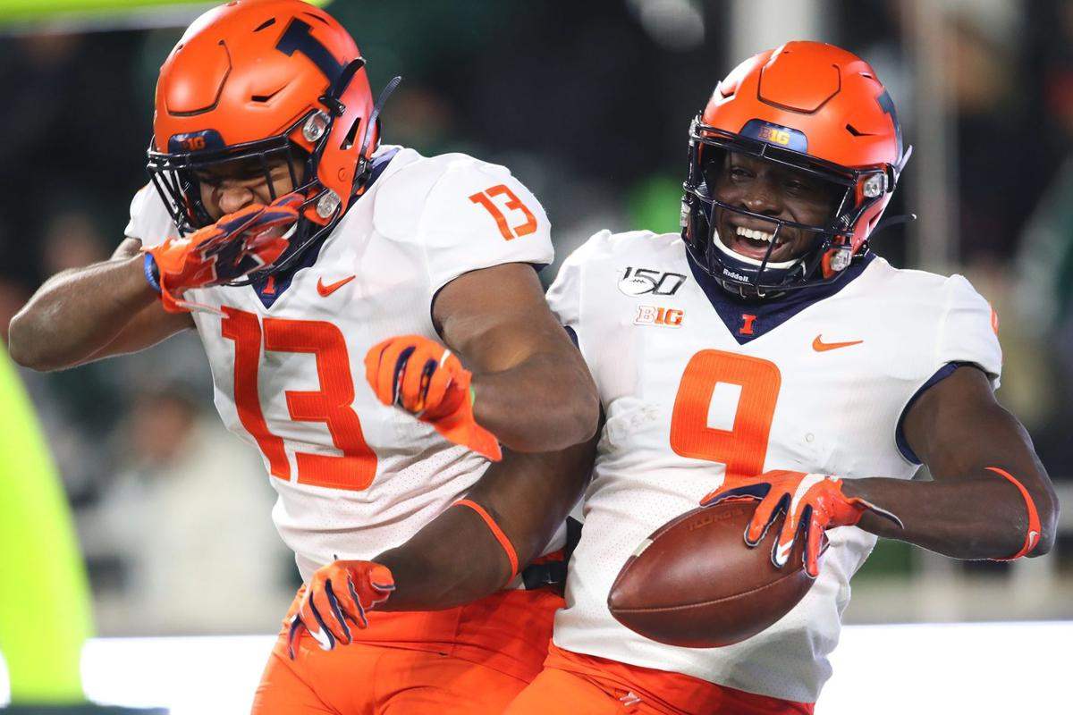 Illinois rallies from 25-point deficit to beat Michigan State, 37-34