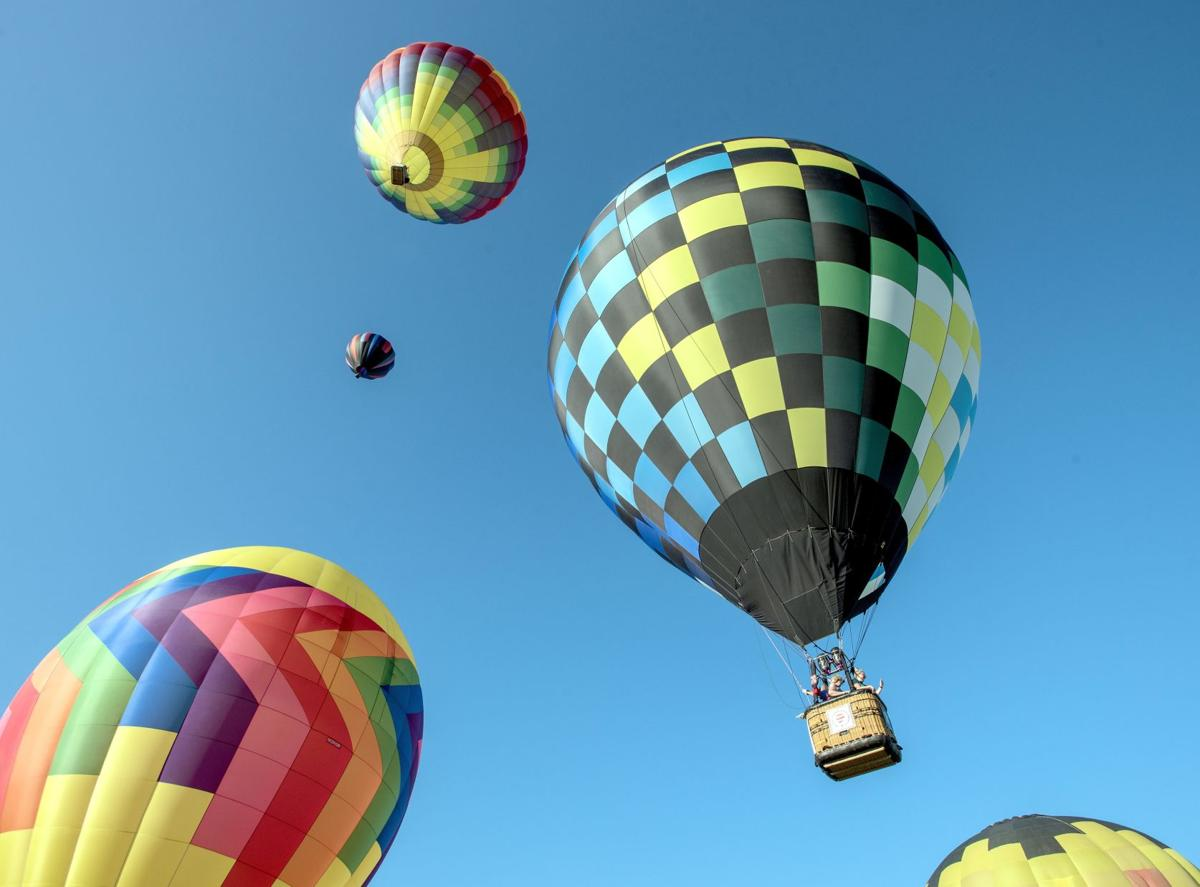 0713 loca verm balloons1210.jpg