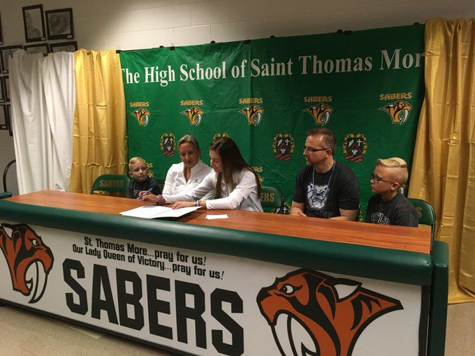 Alaina Bowie signs