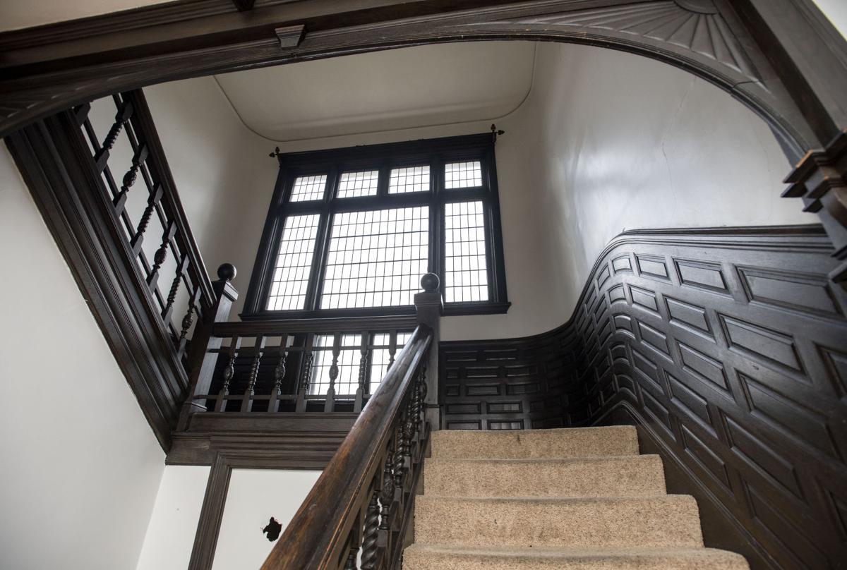 0121 loca burnham mansion3127.JPG