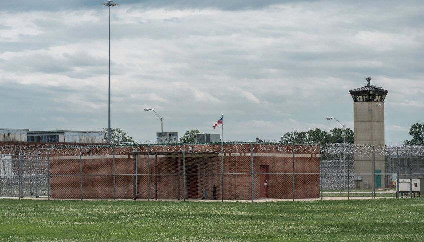 In Terre Haute, prison's 'death row' talk of the town   News
