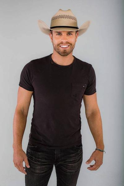 Country star Dustin Lynch to headline Champaign County Fair