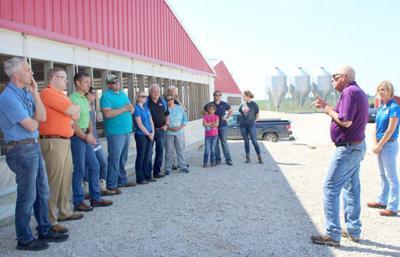 Fithian hog facility tour3