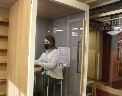 Privacy booth