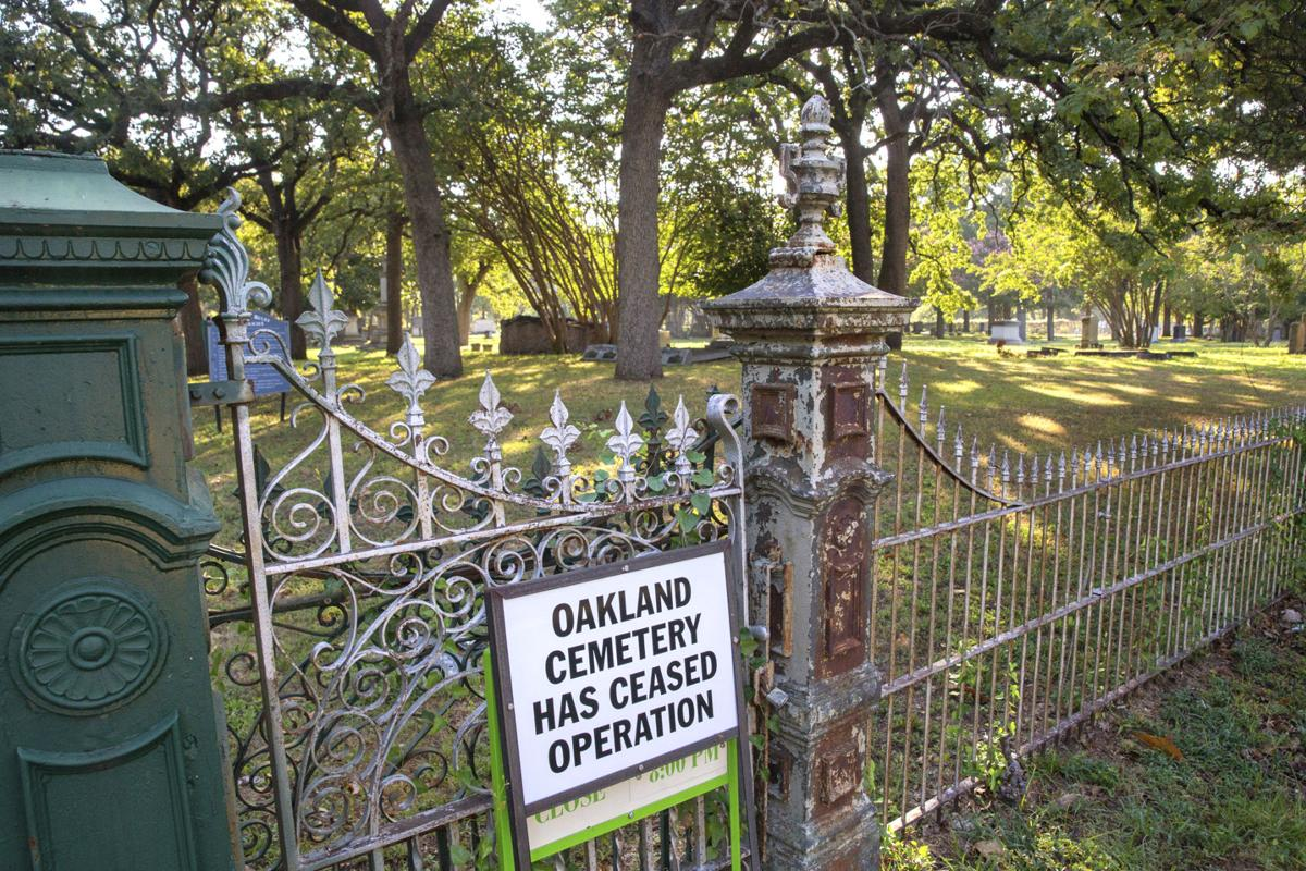 Exchange-Dallas Cemetery Abandoned