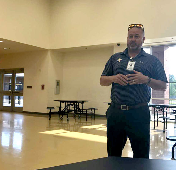Pine Tree ISD, LeTourneau team up for program to fast-track students as teachers