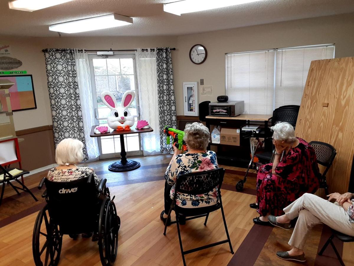 Jacksonville Nursing Home Brightens Residents Quarantine With Games New Activities Local News News Journal Com