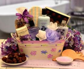 How To Make Your Own Beauty Gift Basket Charm View News