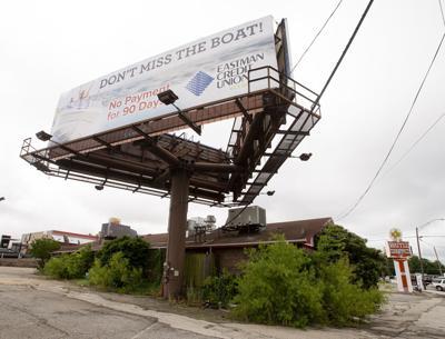 Starbucks eyes Longview corner; billboard issue still up in air