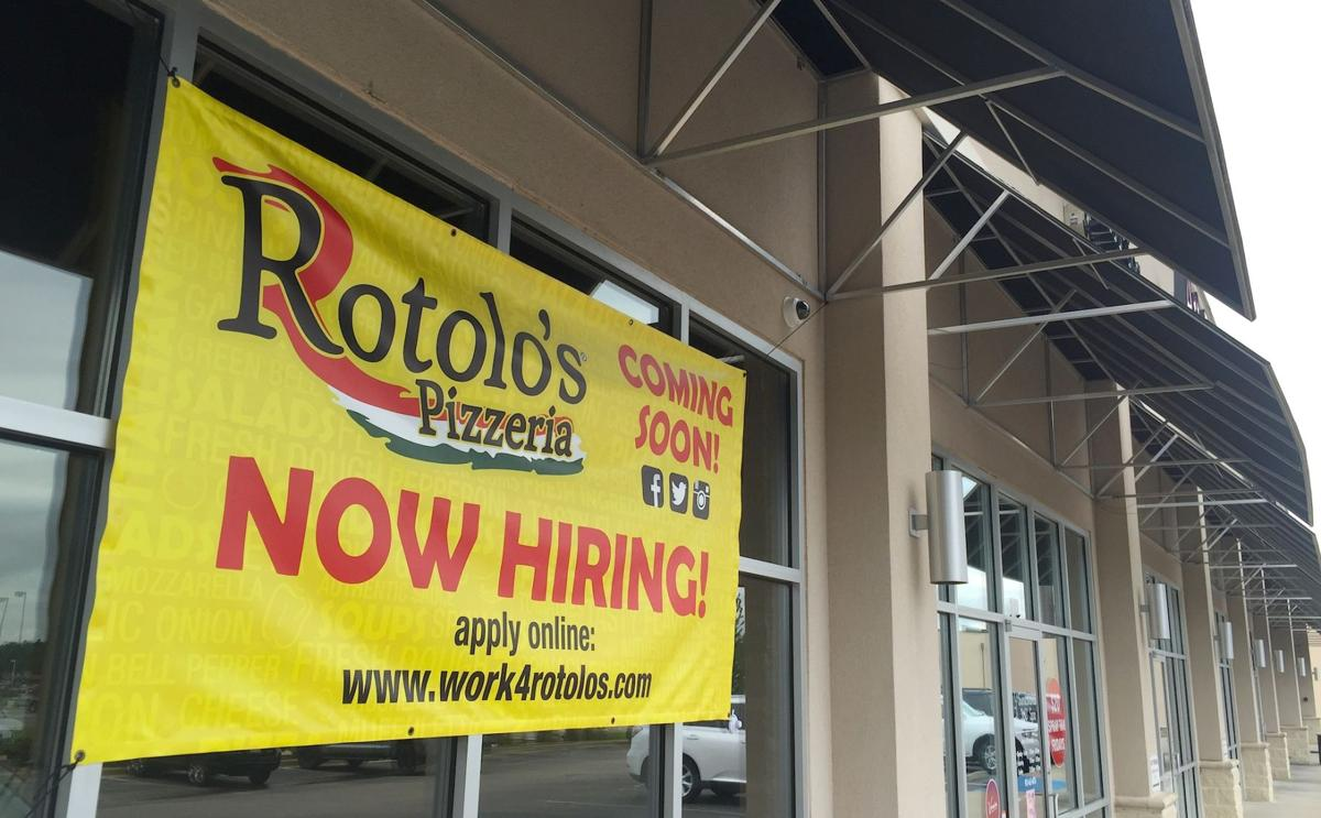 Business beat rotolo 39 s pizzeria to open red robin in the for Franchise ad garage