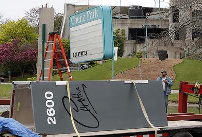 Detroit venue renamed for Aretha Franklin gets new sign