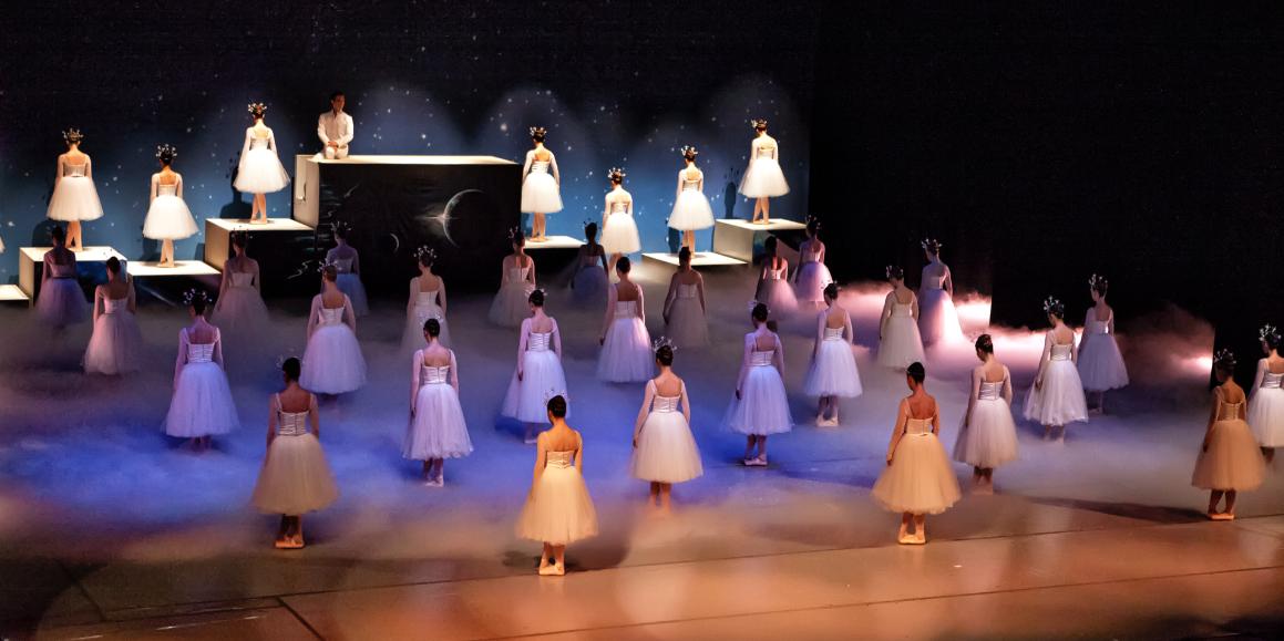 Christian ballet tells Bible message through angels' eyes | @Play