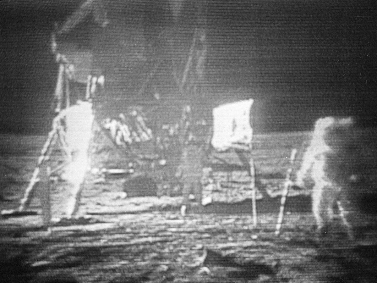 Moon Landing AP Was There