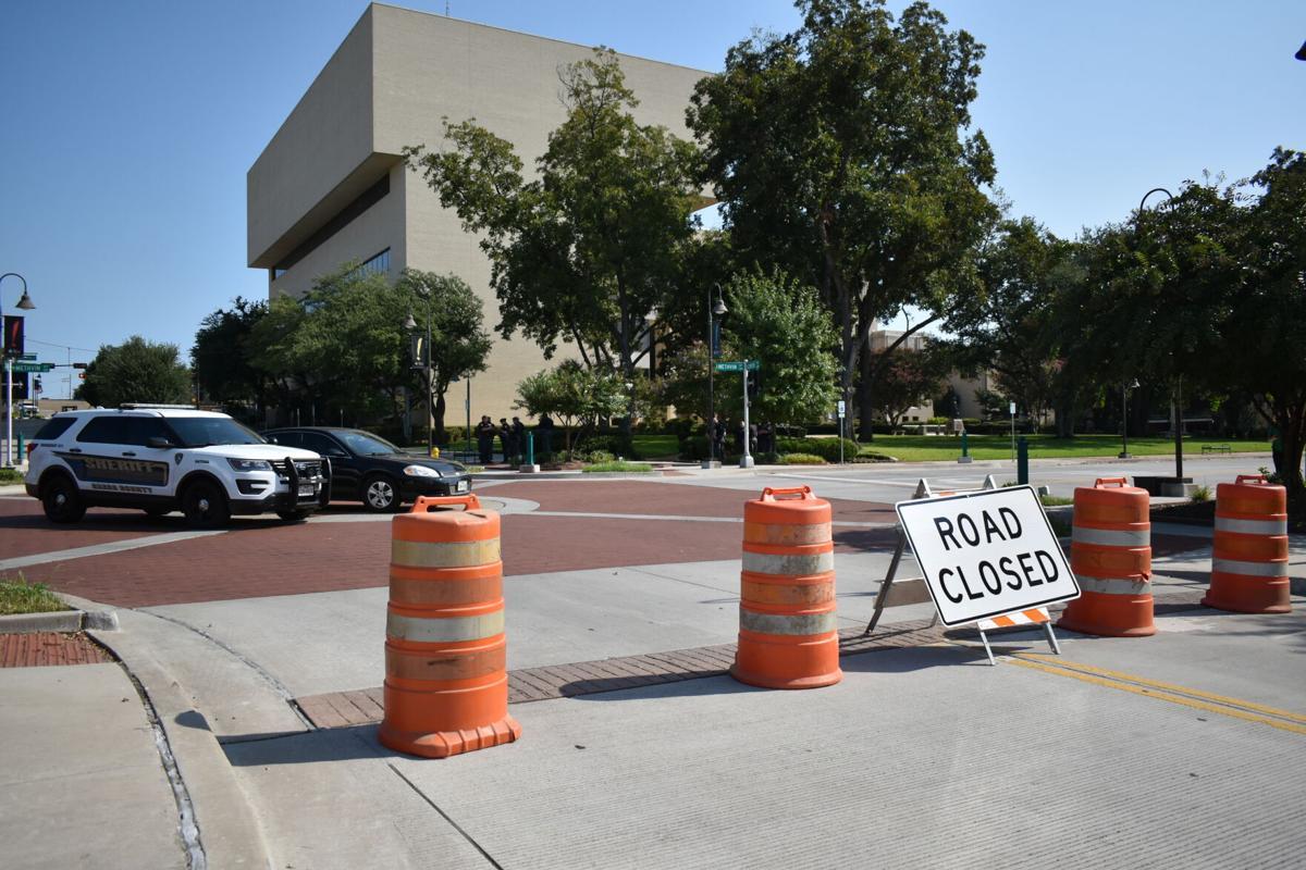 Gregg County Courthouse barricade