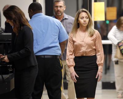 CORRECTION Dallas Officer-Mistaken Apartment