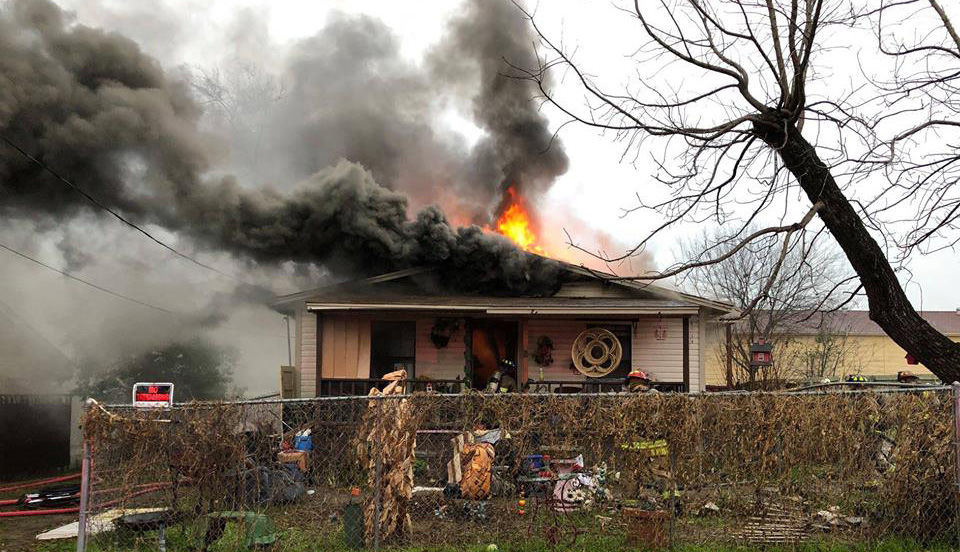 three people dog escape house fire in longview police news rh news journal com