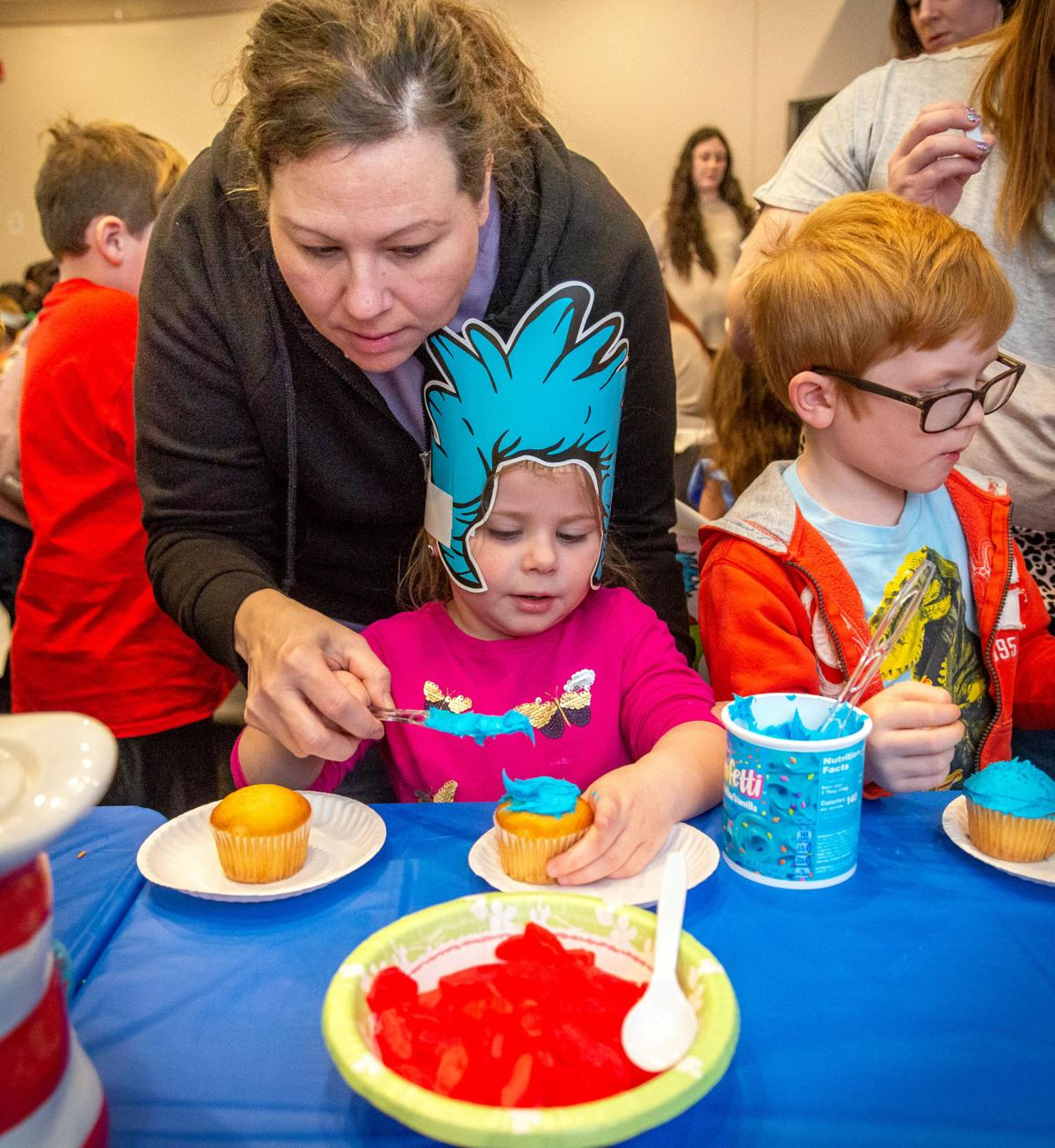 Excellent Photos Longview Public Library Holds Dr Seuss Birthday Party Funny Birthday Cards Online Alyptdamsfinfo