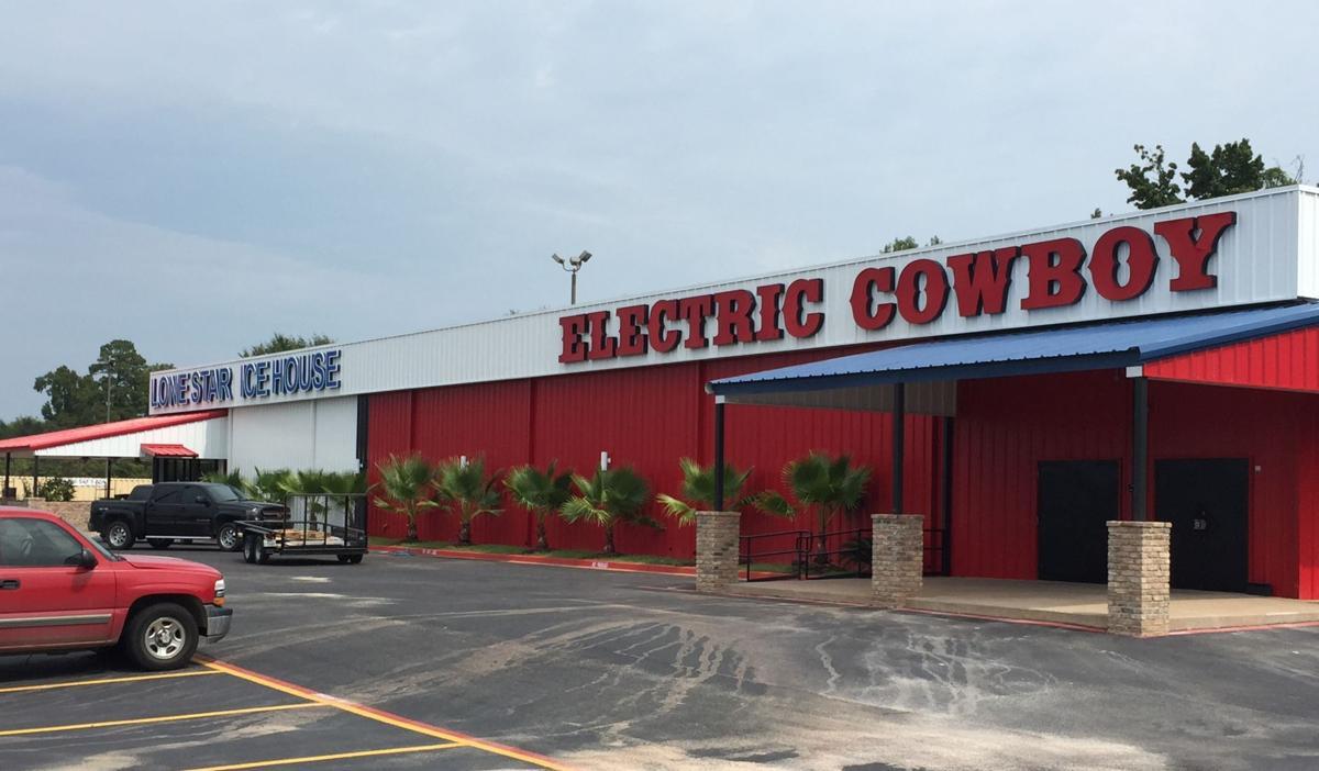 Business Beat Nightclub Restaurant Aims To Open Oct 1