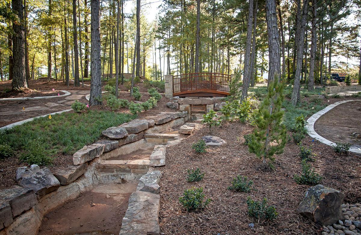 Longview Arboretum and Nature Center