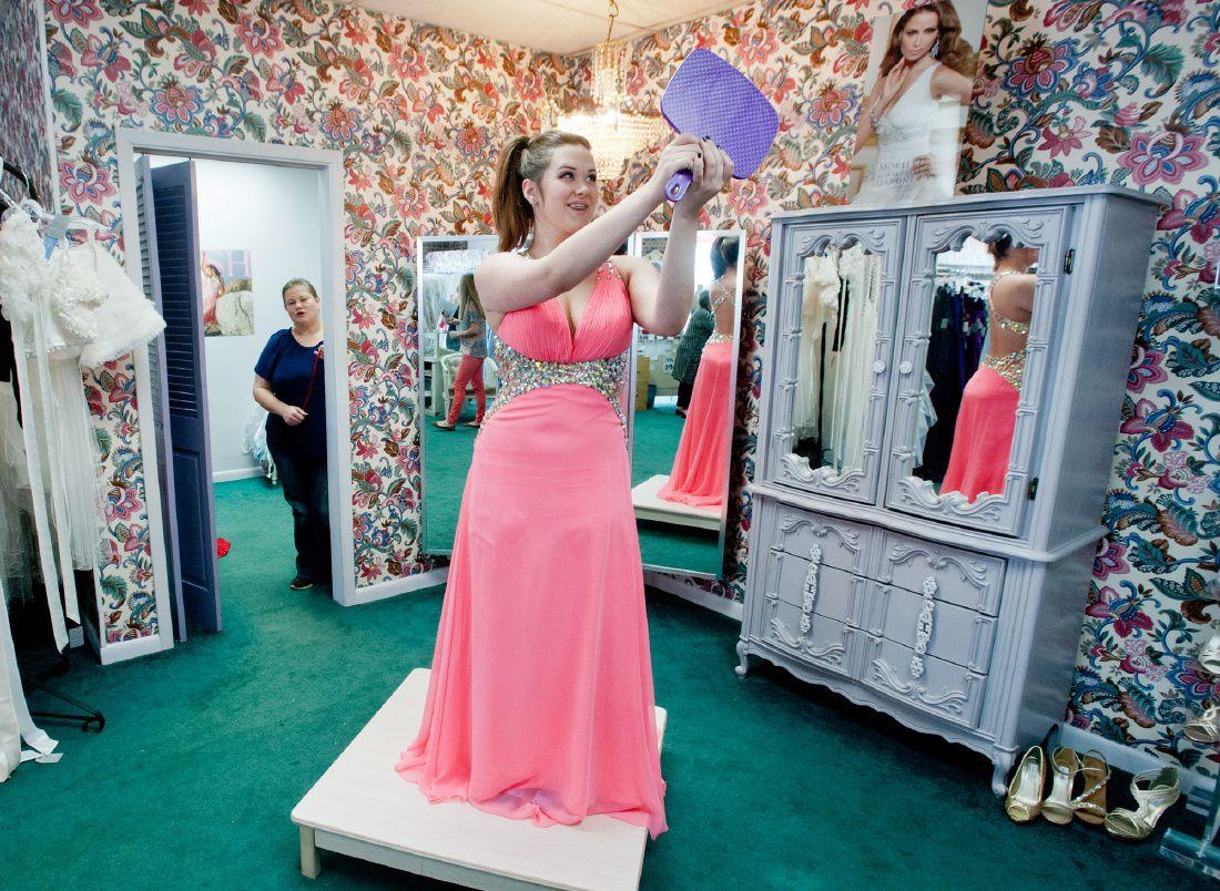 Lujoso Prom Vestidos Longview Tx Ideas Ornamento Elaboración ...