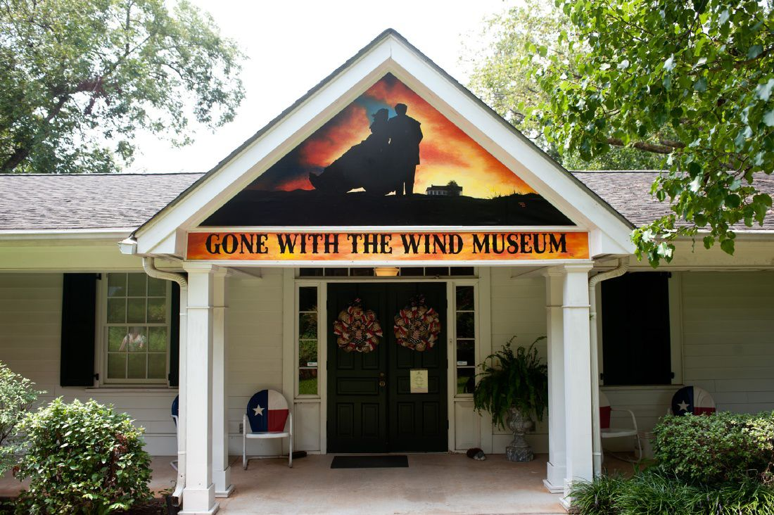 Jefferson woman shares her passion with Gone with the Wind museum