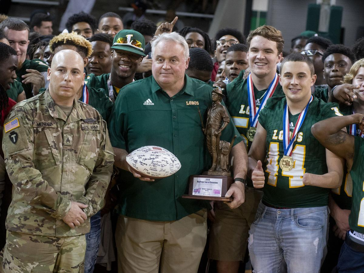 Peters Longview Tx >> ET Football: Lobos honored by MaxPreps' Tour of Champions ...