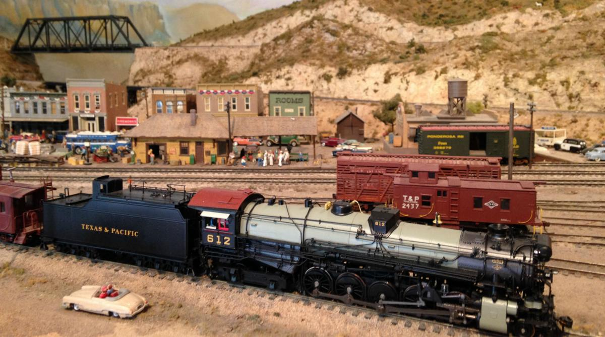 R. D. Moses Texas & Pacific Model Railroad exhibit