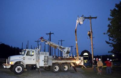 TSTC electrical lineworker students take part in emergency simulation