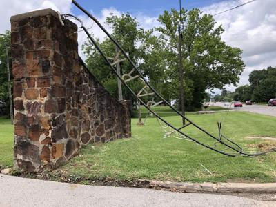 Historical Carthage park entrance gate again damaged by tractor-trailer