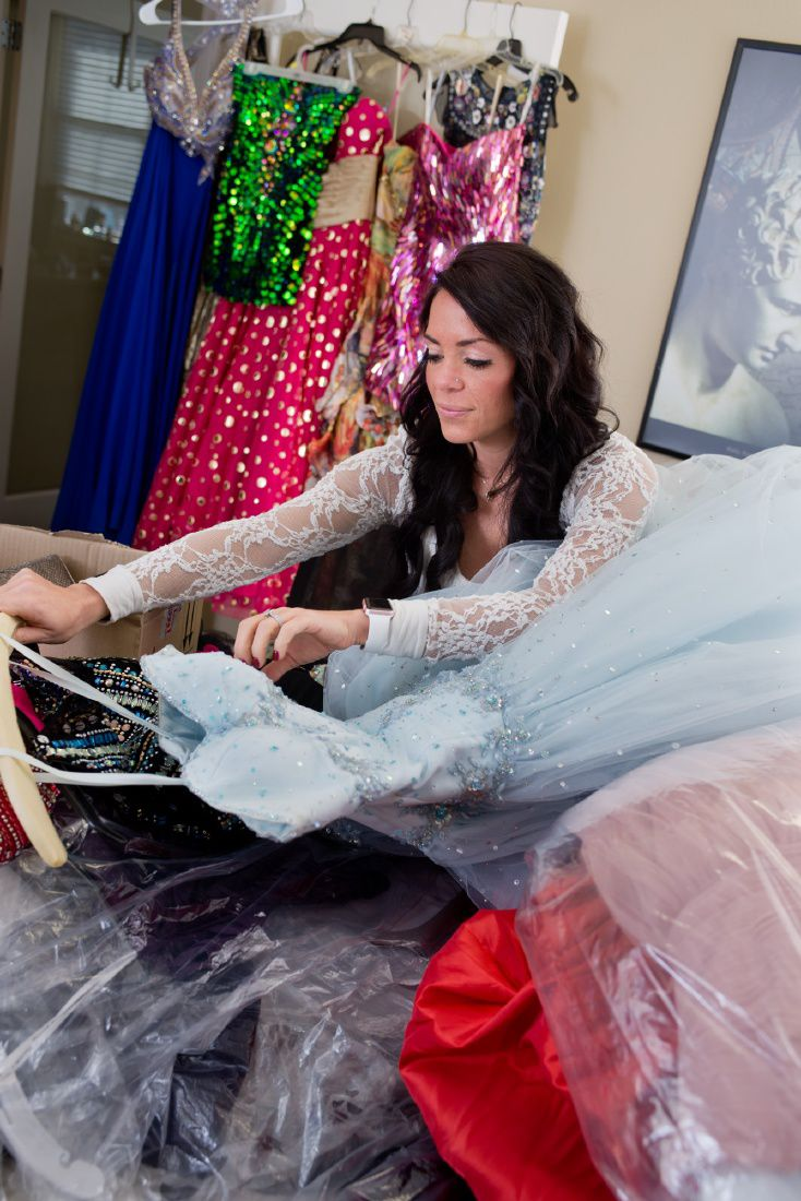 Zontas Prom Boutique Provides Dresses To Girls Who Cant Afford