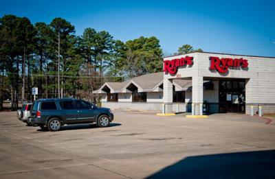 Ryan's restaurant shuts its doors